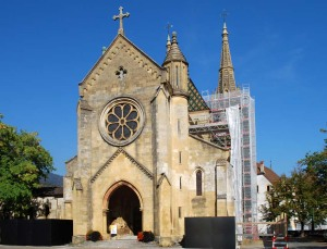 The Collegiate church in Neuchâtel with its yellow Pierre jaune - the stone that characterises the city of Neuchâtel