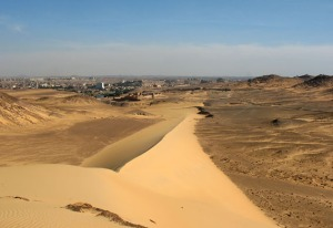 Sanddune in the afternoon - towards the first cataract