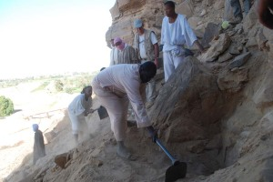 Excavation at Qurta in March 2011 revealed panels covered by sand, which can be used to obtain a minimum age of the rock art using OSL.