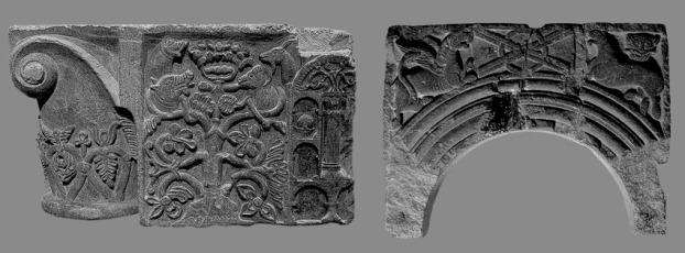 Tidlig-romanske relieffer fra Trondheim, omkring 1100, nå i Museet i Erkebispegården. Til venstre: kleberstein; til høyre: grønnskifer. Fotos: P.er Storemyr