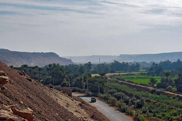 The mouth of Wadi Abu Subeira, looking east into the wadi. Photo: Per Storemyr