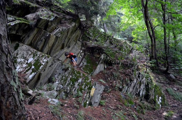 Climbing an old little slate quarry by Bondo in Bergell. This quarry, in the gneiss of the southern Alps, must have provided stone four houses in nearby Bondo and Promontogno. Photo: Per Storemyr
