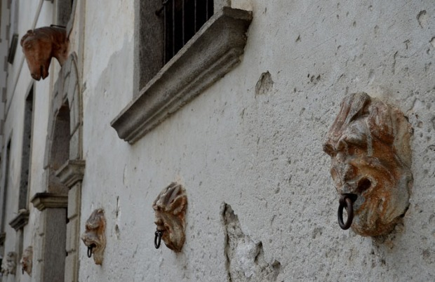Soapstone lion heads at the Palazzo Salis, a patrician house of the influential Salis family in Soglio. The house was built in the 17th century and is now used as a hotel. Photo: Per Storemyr