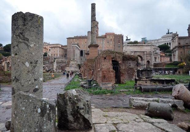 Verde Antico from Larissa in Greece at Forum Romanum. Photo: Per Storemyr
