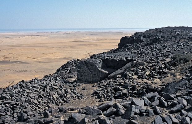 One of the fine Old Kingdom basalt quarries at Widan el-Faras in 2001. Read more to see how it looked like in 2006... Photo: Per Storemyr