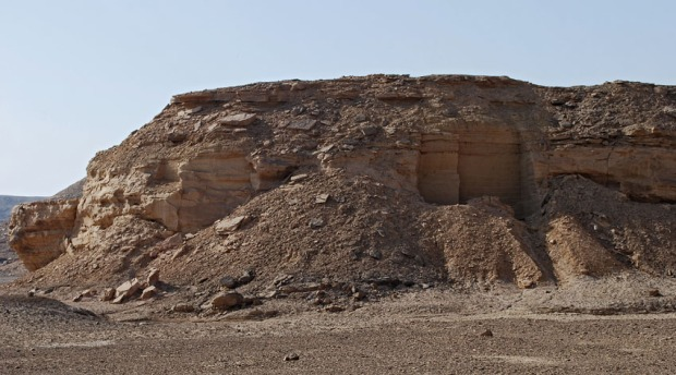 Small quarry close to Shesmetet temple in Wadi el-Hillal by Elkab, showing marks of both chisels and pickaxes. Photo: Per Storemyr