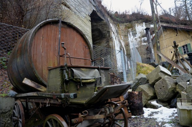 Old horse cart with beer barrel in the historic Wabern quarry by Berne, Switzerland. Photo: Per Storemyr