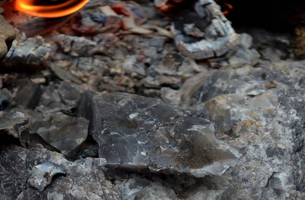 Cracked chert from fire setting. Photo: Per Storemyr