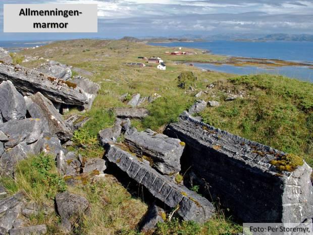 Marmorbruddet på Allmenningen ligger vakkert til på den høyeste toppen på øya. Her fra steinbruddet som ble åpnet for restaureringen av Nidarosdomen på slutten av 1800-tallet.