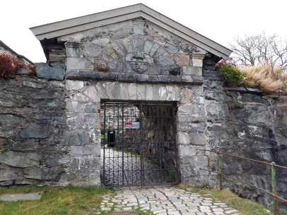 Excursion to monuments in Bergen, here 18th century Fredriksberg fort. Photo by Per Storemyr